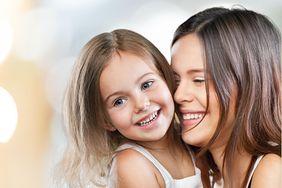 Zdrowe i białe zęby naturalnie