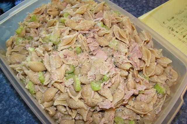 Makaron muszelki z tuńczykiem