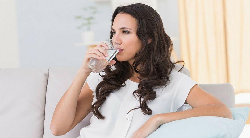 (123rf) Niedostatek wody w organizmie powoduje negatywne konsekwencje dla zdrowia