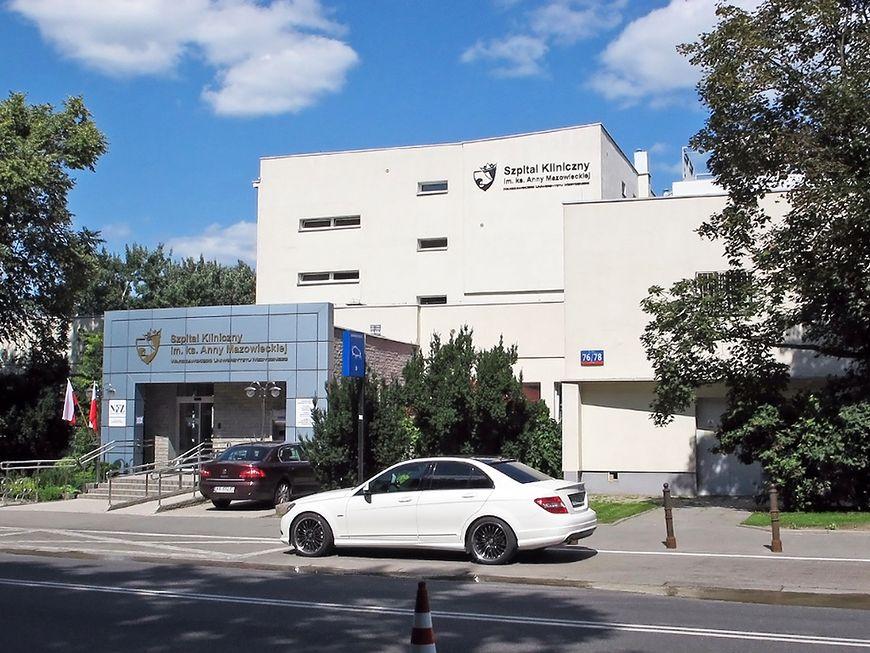 Budynek Szpitala Klinicznego im. ks. Anny Mazowieckiej  w Warszawie