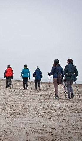 Nordic walking - jak zacząć? Poznaj ten sport
