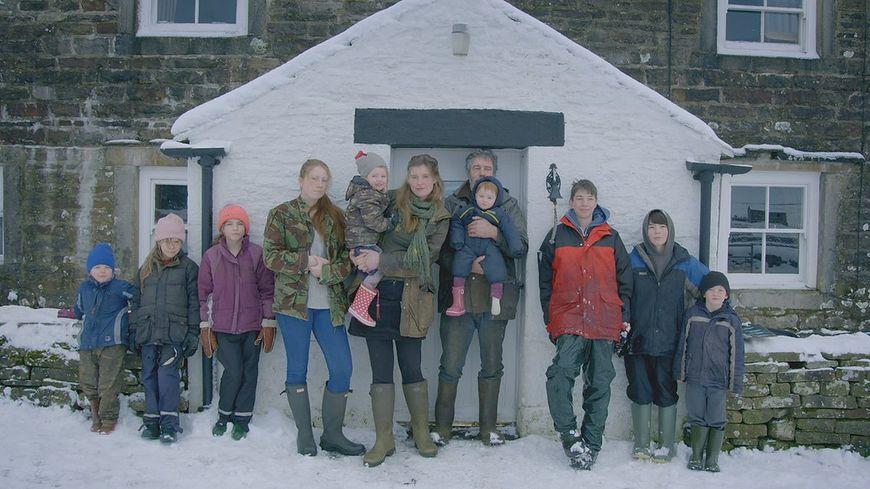 Amanda Owen wraz z mężem i 9 dzieci [twitter.com]