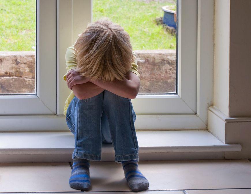 Nieszczęśliwe dzieciństwo