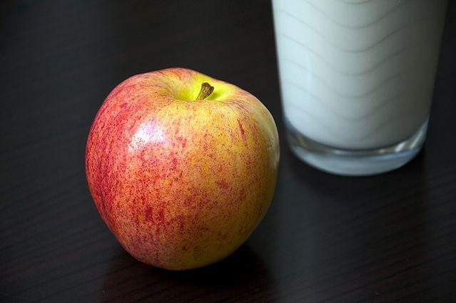 Jabłko i mleko