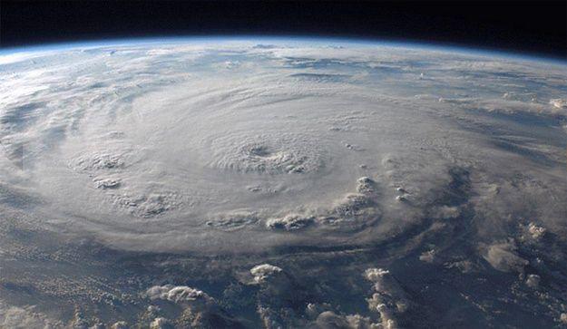 Tropikalny sztorm Ida może uderzyć w Europę Północną
