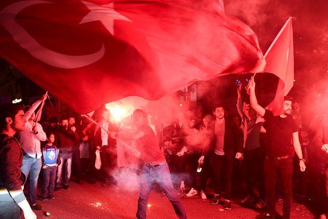 Turcja zmienia ustrój na prezydencki. Czy Erdogan zostanie sułtanem?