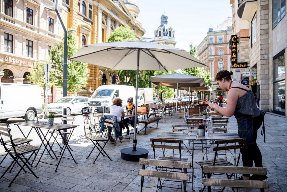 Restauracja w Budapeszcie - zdjęcie ilustracyjne
