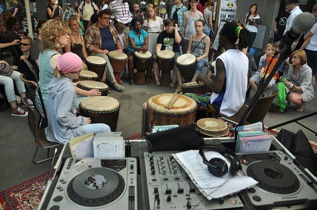 Za darmo: muzyczne spotkania pod Baobabem