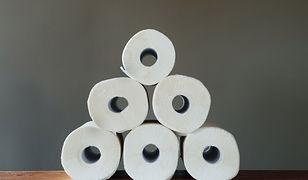 Papier toaletowy rozgrzewa do czerwoności użytkowników internetu.