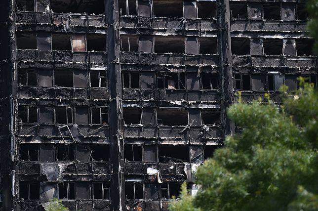 Londyńska policja: zakładamy, że w pożarze zginęło 58 osób