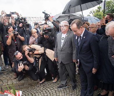 Politycy narazili Wałęsę