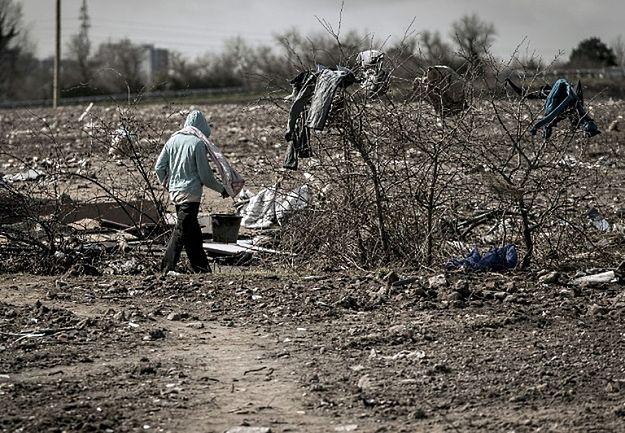 """Francja: """"Le Figaro"""" ujawnia rządowy plan rozlokowania migrantów"""