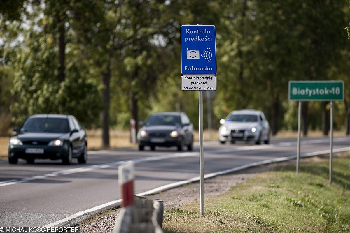 Nowe znaki drogowe już w sierpniu. Dotyczą odcinkowego pomiaru prędkości
