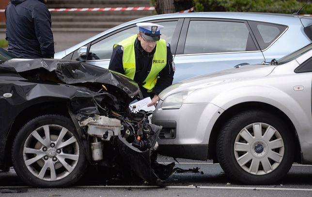 Nie ma dnia bez skarg na polisy OC. Klienci nie mają za co naprawiać samochodów