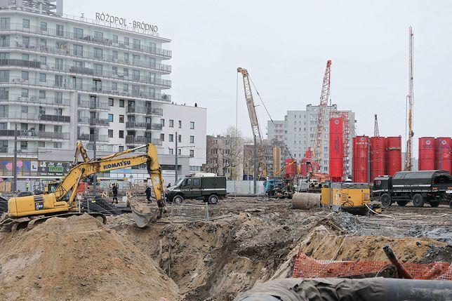 Warszawa. 3 grudnia rano na budowie metra na Bródnie znaleziono niewybuch (zdj. archiwalne)