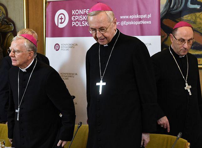 Gostkiewicz: Pedofilia w Kościele. Ten tytuł jest specjalnie dla arcybiskupa Gądeckiego (Opinia)
