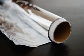 Folia aluminiowa – właściwości, sposoby zastosowania