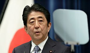 Skuteczna zagrywka polityczna premiera Shinzo Abego
