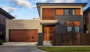 Jak dopasować bramę garażową do stylu domu?