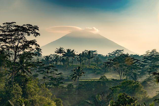 Przebudzenie olbrzyma. Wulkan Agung na Bali znów daje o sobie znać