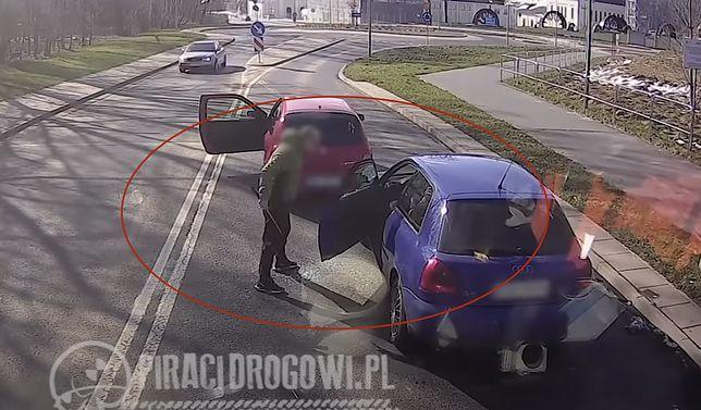 Przerażające nagranie. Kierowca zaatakował pałką, są nowe informacje
