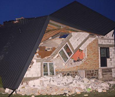 Kruszewo-Wypychy. Runął dach budynku mieszkalnego