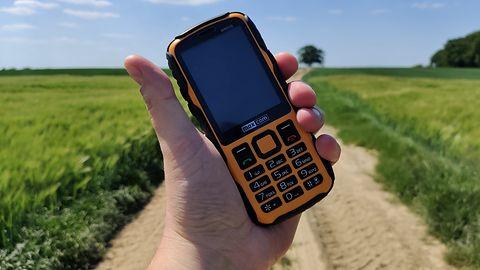 MAXCOM Strong MM920 - wytrzymały telefon dla wielbicieli prostoty