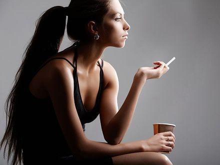 Kobietom jest trudniej rzucić palenie