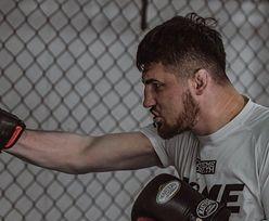 """Fame MMA 10. Sam o sobie mówi, że jest królem. Kim jest Kasjusz """"Don Kasjo"""" Życiński?"""
