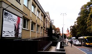 """Fetor po """"Klątwie"""". Paraliż kulturalny po ataku kwasem masłowym w Słupsku"""
