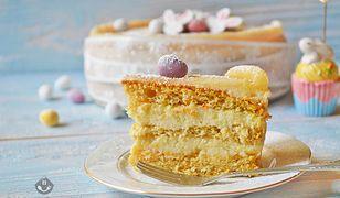 Marcepanowy tort marchewkowy. Błyskawicznie zniknie ze stołu