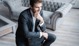 Elegancki garnitur w przypadku pewnych zawodów to podstawa