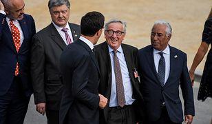 Zachowanie Jeana-Claude'a Junckera podczas szczytu NATO wywołało niezręczność