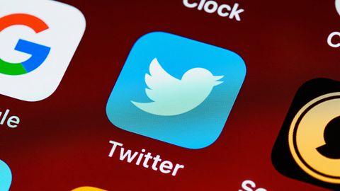 """Twitter nazwał go """"hakerem"""". Mężczyzna domaga się 500 mln dolarów odszkodowania"""