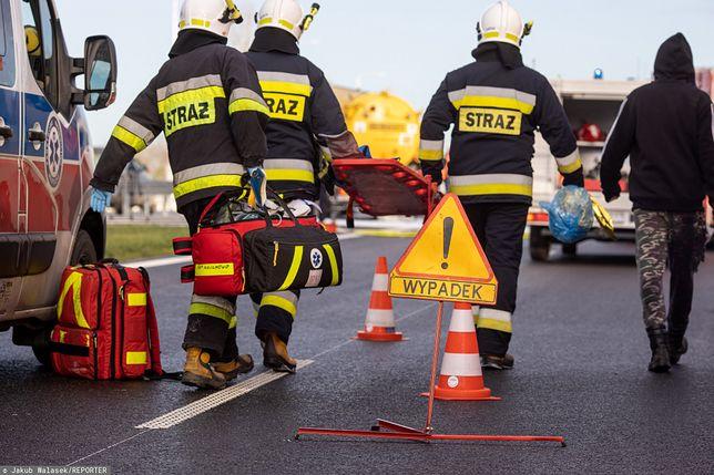 Podlaskie. Wypadek w miejscowości Łyski. Dwie osoby zakleszczone w aucie / foto ilustracyjne