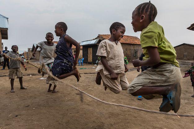 Zabawa kongijskich dzieci