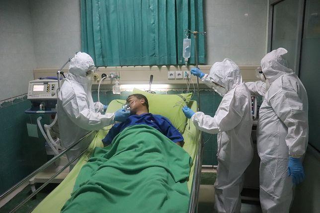 Koronawirus. Lekarz odtworzył to, co mogą zobaczyć pacjenci zakażeni COVID-19, zanim umrą / foto ilustracyne