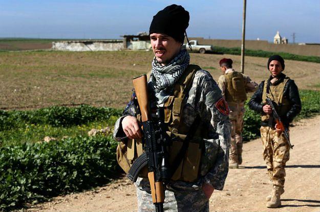 Członkowie Dwekh Nawsha, chrześcijańskiej milicji, walczącej z ISIS