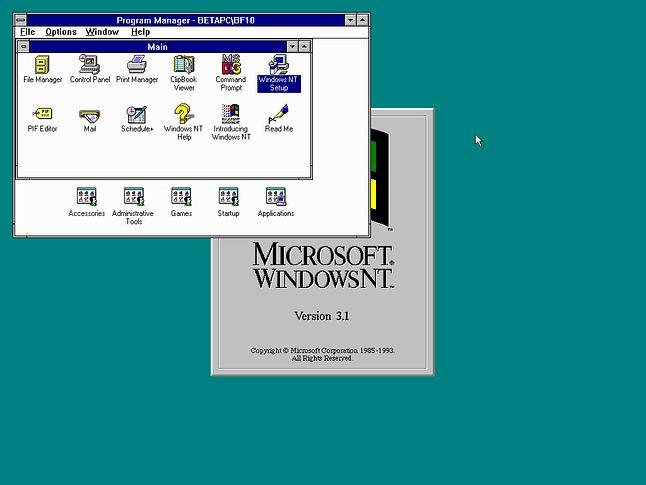 Windows NT. Z wierzchu taki sam, wewnątrz zupełnie inny. (fot. Betawiki)