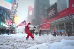 #dziejesiewmoto [264]: narciarze w Nowym Jorku, przepychanka na drodze i bójka z suspensem