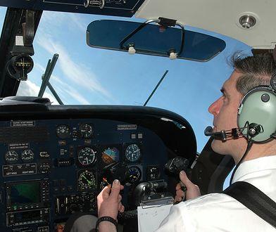 Pilot bał się długich tras. Powodowały u niego ataki paniki
