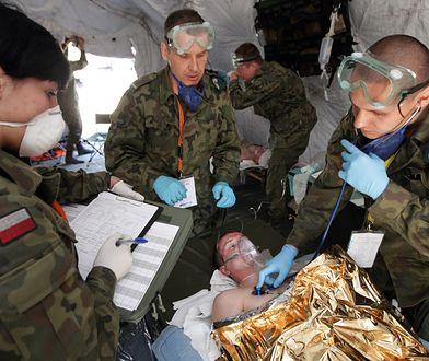 Polscy żołnierze szkolą się z udzielania pierwszej pomocy