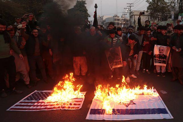 """Kasem Sulejmani nie żyje. Tłumy na ulicach. """"Śmierć Ameryce"""""""