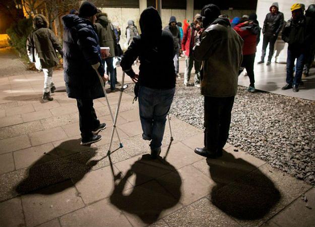 Nieznani sprawcy wrzucili granat na teren ośrodka dla uchodźców w Niemczech