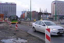 Bukmacherzy przyjmują zakłady na to, kiedy skończy się remont ronda Kaponiera w Poznaniu