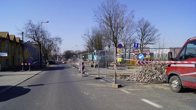 Śląskie. Od poniedziałku szykują się kolejne zmiany na ulicy Tarnogórskiej w Gliwicach – w miejscu, związane z budową Centrum Przesiadkowego.