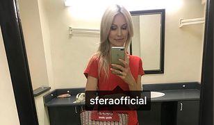 Magdalena Ogórek z torebką marki Miu miu