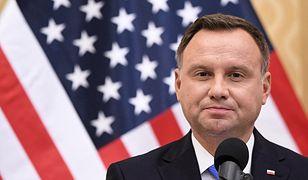 Według comiesięcznych sondaży największym zaufaniem Polaków cieszy się prezydent Andrzej Duda