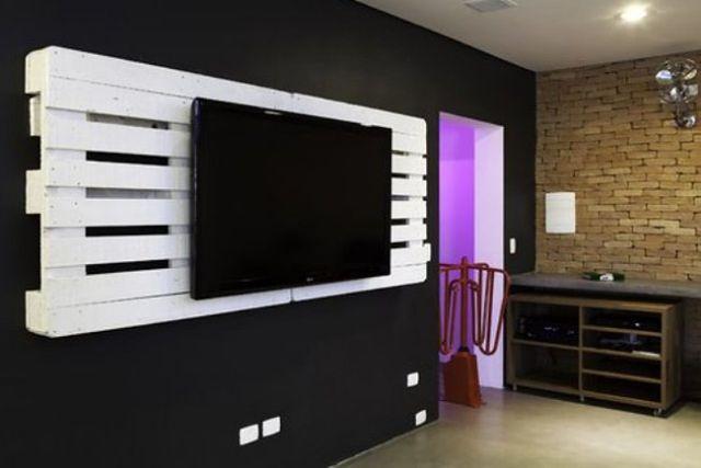 Meble z palet - stelaż pod telewizor