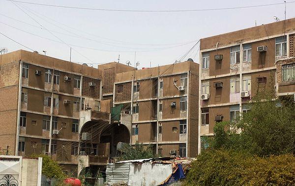 Bloki mieszkalne w Bagdadzie, gdzie mieszczą się zaatakowane przez fanatyków mieszkania